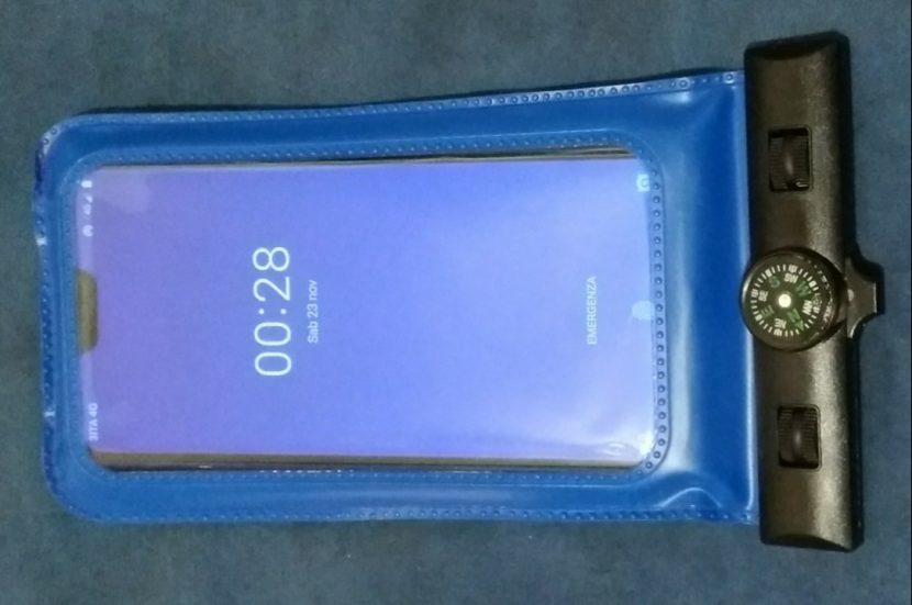Protezione subacquea per smartphone